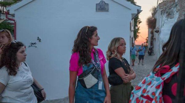 Tour Albaicin Sacromonte museo de las cuevas Granada guia oficial Lolita's